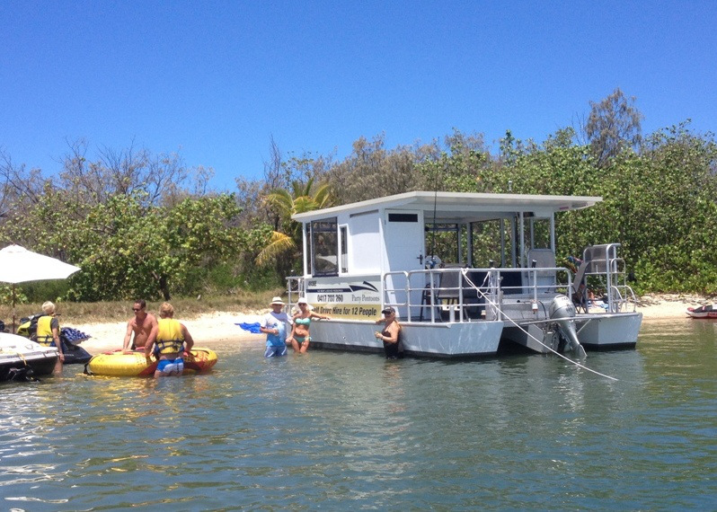 Gold Coast Party Pontoons - Wavebreak Island