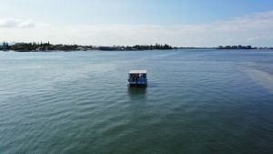 bbq-boat-on-broadwater