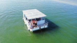 gold-coast-bbq-boat-hire